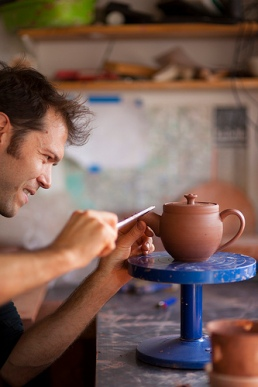 Jono and Teapot (1)
